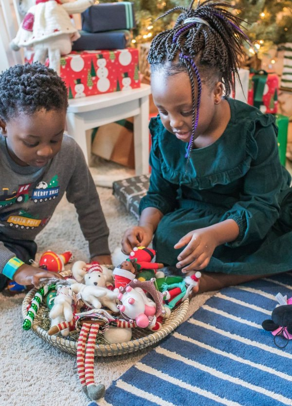 6 Easy Kids' Christmas Tree Decorating Ideas You'll Love
