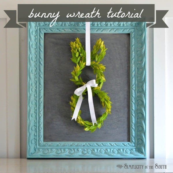 How to make an Easter bunny boxwood wreath. #Easter #spring #wreath