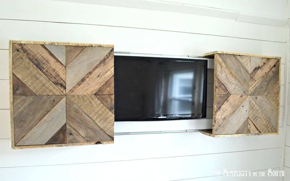reclaimed wood cover for wall mount tv