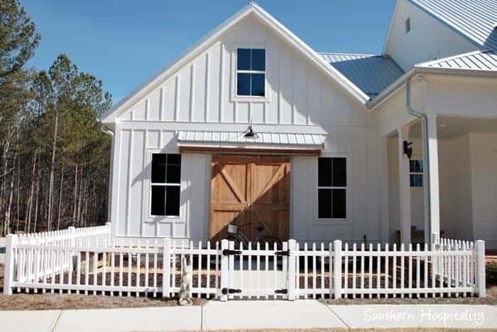 Modern Farmhouse via Southern Hospitality