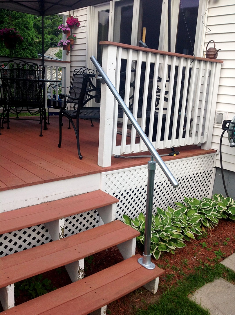 13 Outdoor Stair Railing Ideas That You Can Build Yourself | Diy Deck Stair Railing | Easy | Outdoor | Aircraft Cable | House | Simple