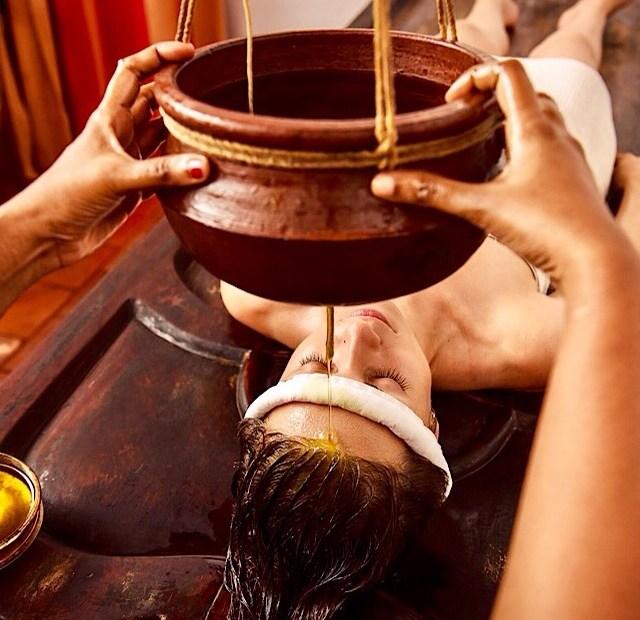 Ayurveda_Sri_Lanka_Shirodhara