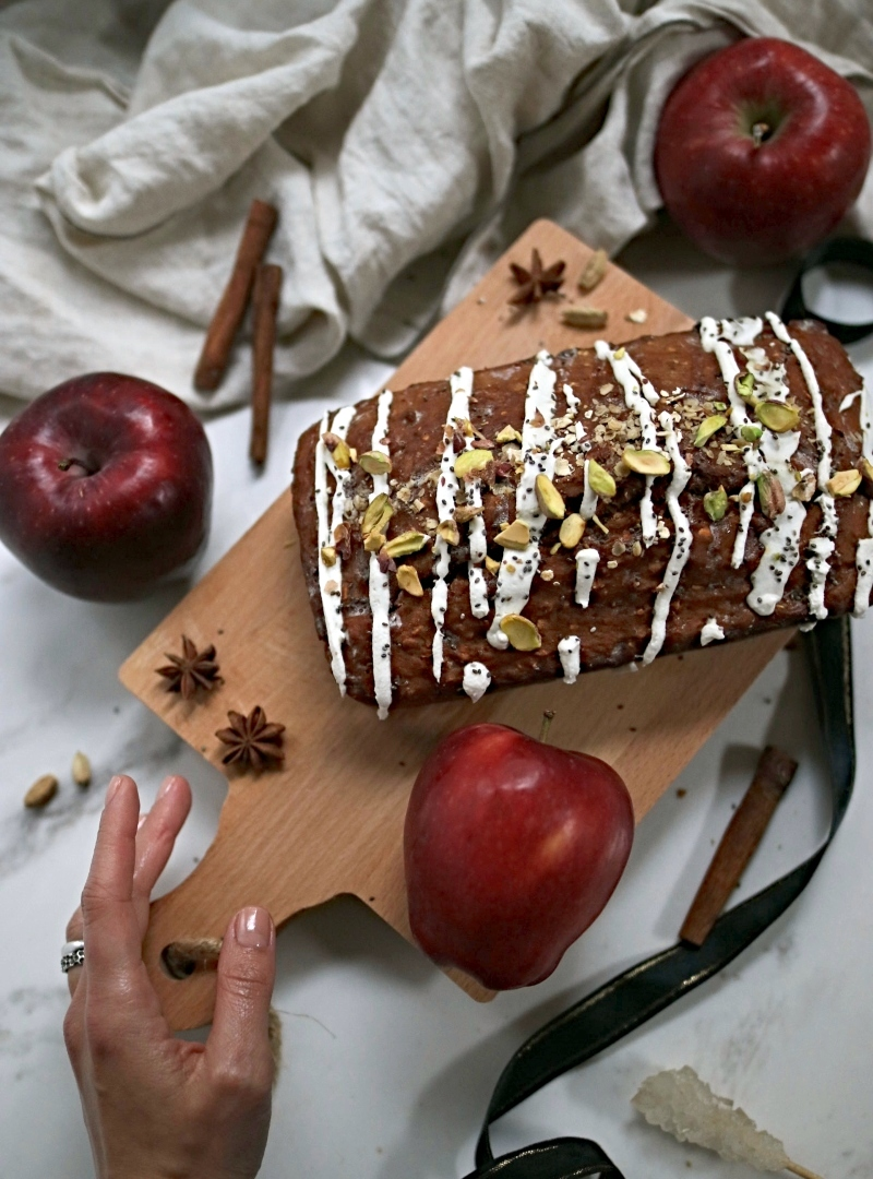 Apfelmus slatki hljeb sa cimetom