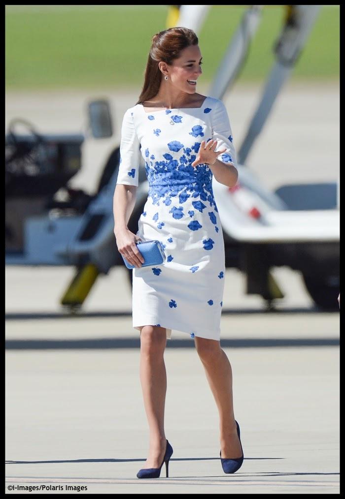 Royal-Tour-OZ-Queensland-Kate-Snorkel-Blue-LK-Bennett-Poppies-Dress-Polaris.jpg