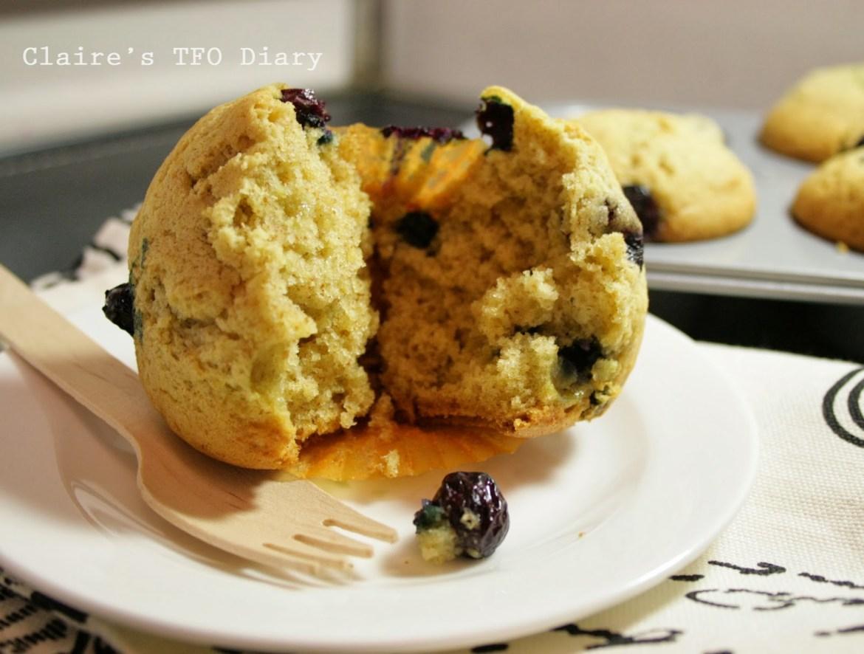 blueberry-muffins-04