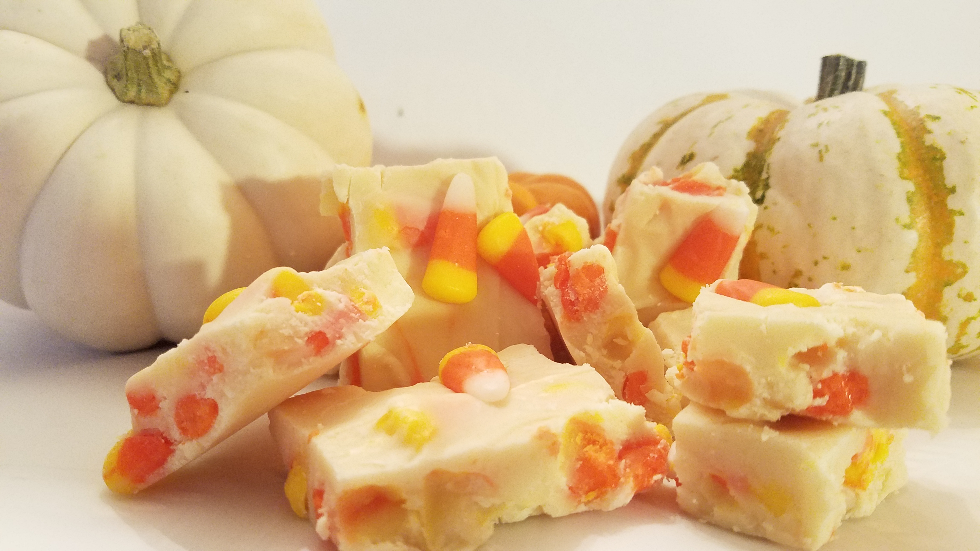 A super easy 5 minute microwaveable candy corn fudge recipe. Perfect for Halloween treats