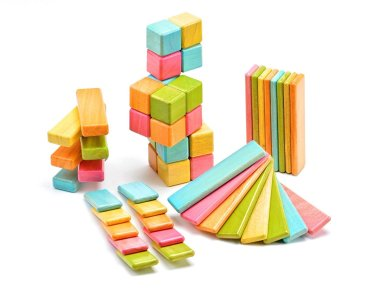 Holiday Gift Guide - Ages 2-4 Magnetic Blocks