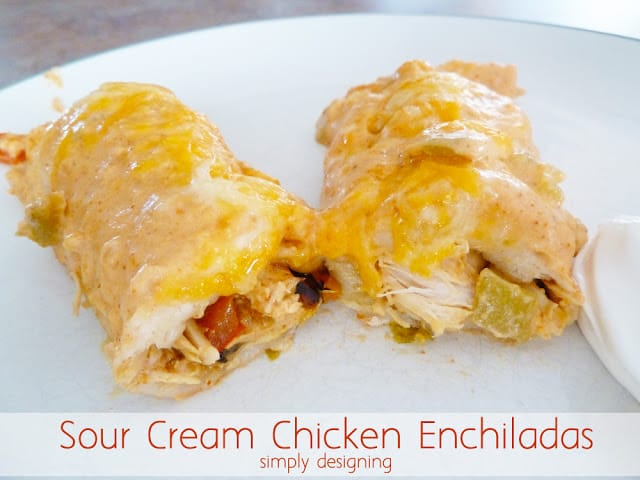 The BEST Sour Cream Chicken Enchiladas (no cream-of-anything soup!) | #recipe #dinner #chicken #McCormickHomemade #spon @McCormickSpices