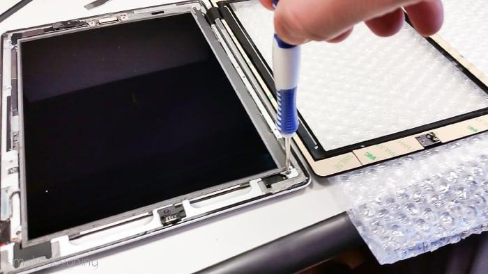 How to Fix a Broken iPad Screen