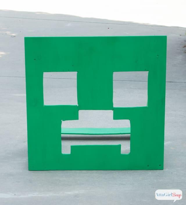 minecraft-party-games-beanbag-toss-3
