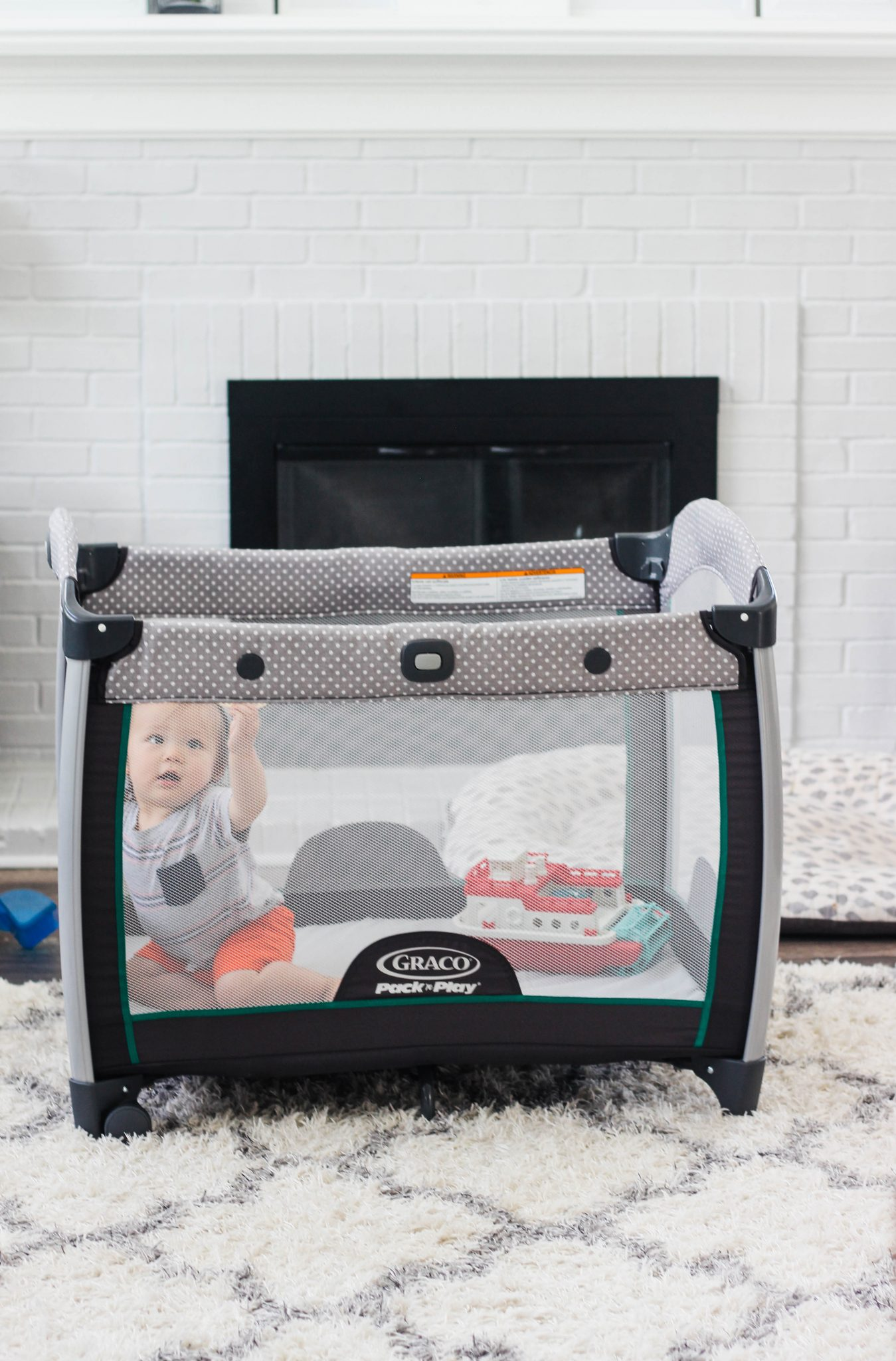 Four Ways to Use a Pack n Play for Infants