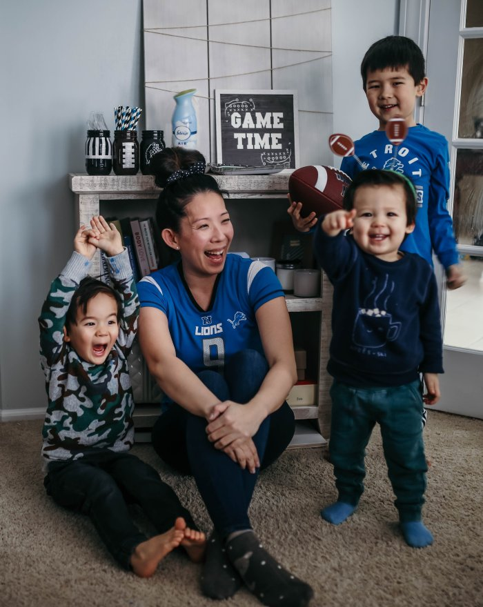JeeYoung Wenglikowski and her kids