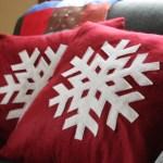 A Homemade Christmas Gift: a Snowflake Pillow