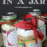 A Homemade Christmas Gift: Cookies in a Jar