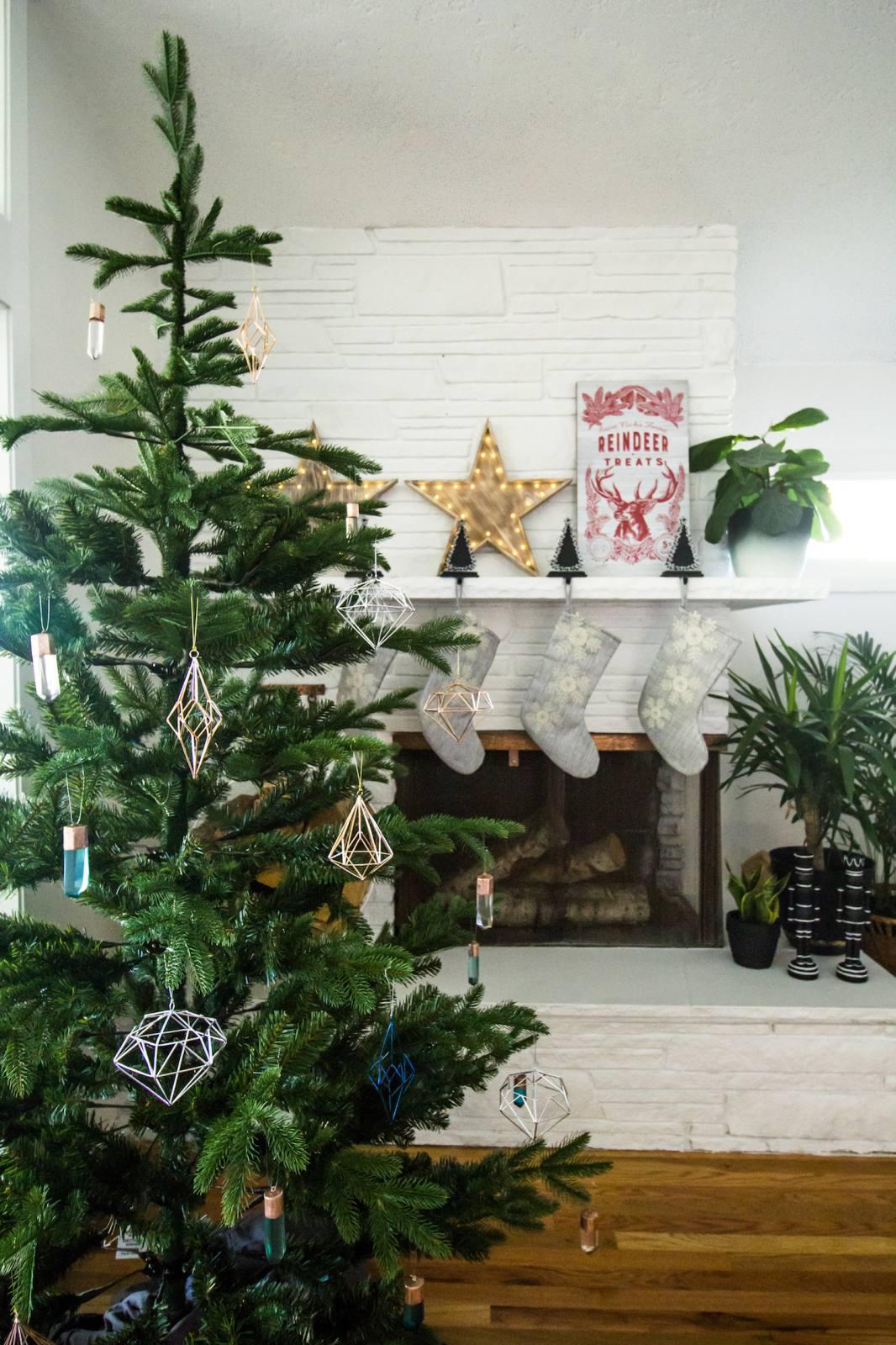 A Simplistic Christmas With Martha Stewart Livings Home