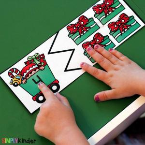 Christmas Number Puzzles are the perfect addition to your math centers this holiday season. This center is perfect for preschool and kindergarten students.