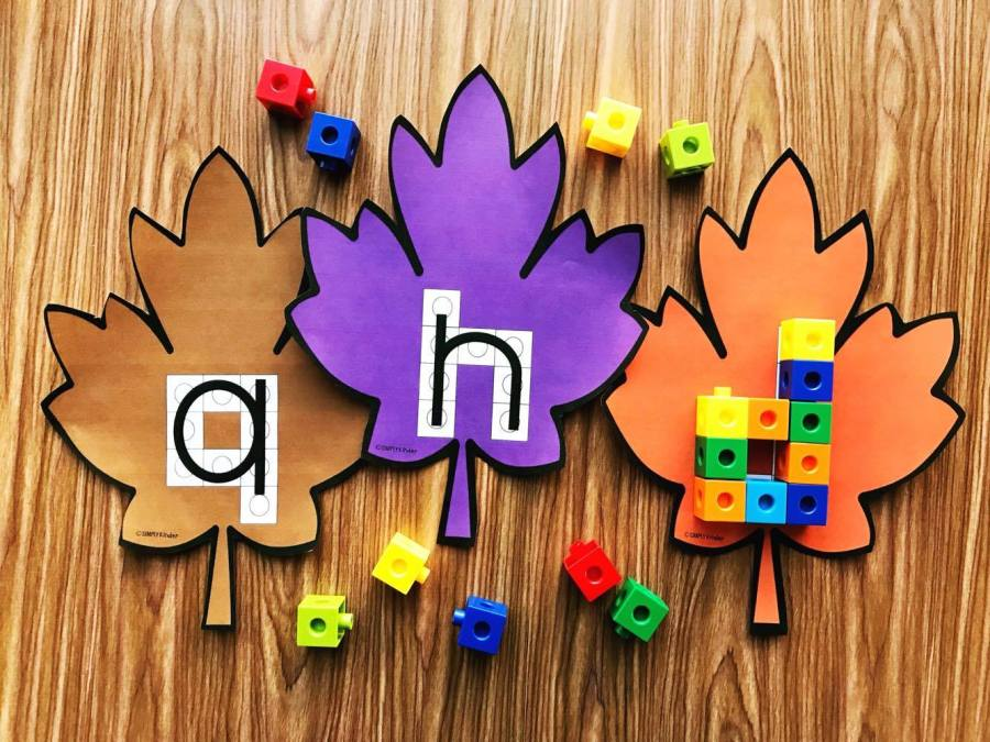 Fall Leaves Snap Block Centers.  Use snap cubes to create the alphabet with these fun cards.  Perfect for morning work, morning tubs, or center work.  For Preschool and  Kindergarten from Simply Kinder