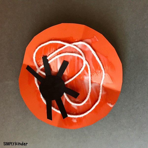 Easy Spider Craft for Fall