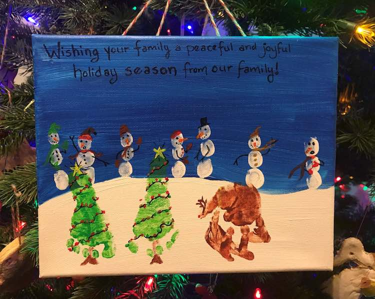 Finish it off with a paint pen and you are done with your Christmas scene.