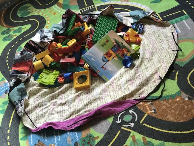 Spread out the playmat and easily start playing.