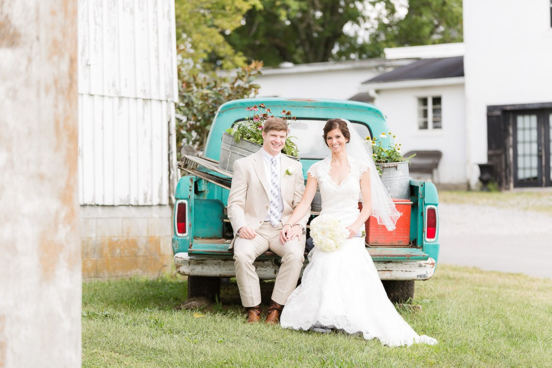 0604_Hitt_Wedding_130921_4041_Portraits- Social