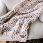 How To Hand Knit A Chunky Blanket Simplymaggie Com