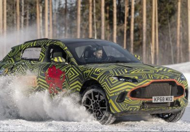 aston martin dbx winter test