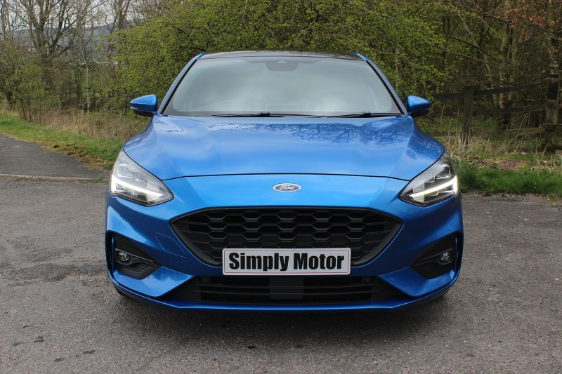 FORD FOCUS ST LINE X 001