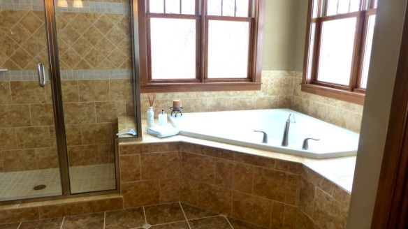 Master Bathroom Corner Tub