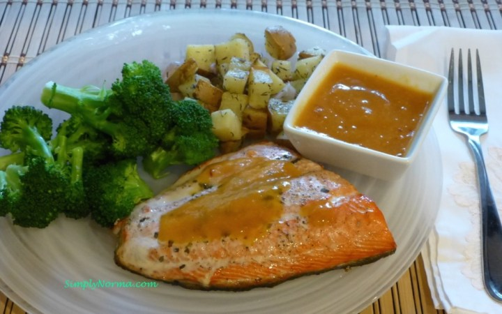 Baked Salmon with Apricot Ginger Sauce
