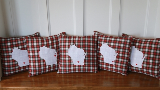 DIY state pillows, pillows, pillow, pillow slipcover, slipcover tutorial, slipcover, pillow tutorial, sewing tutorial, sewing a pillow, wisconsin, state pillow, home is where the heart is, etsy, personalized present, diy present, housewarming gift, housewarming present