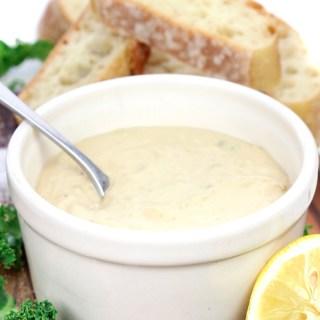 HEALTHY 5-minute Healthy Caesar Dressing with Hummus, Capers, Garlic, Lemon Juice and Dijon Mustard! #vegan #glutenfree #dressing