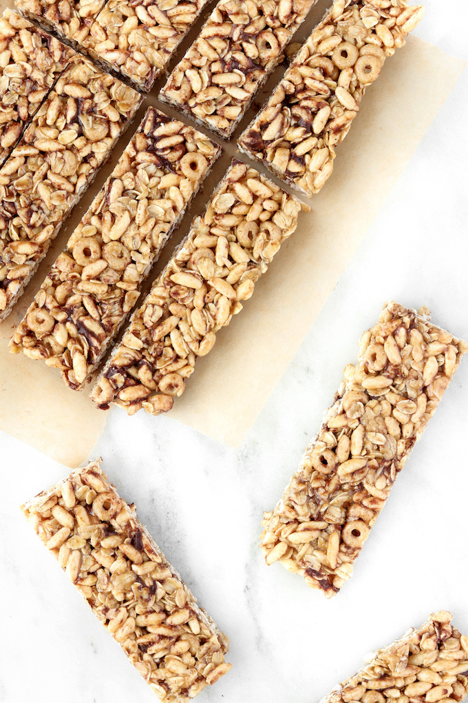 Healthy no bake cereal bars for kids simply sissom these healthy no bake cereal bars for kids are simple to make requiring just ccuart Image collections