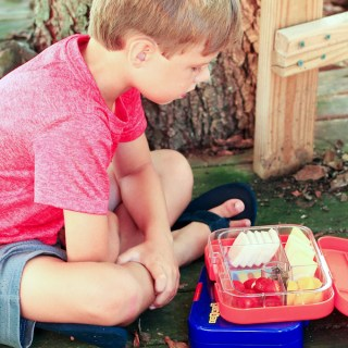 Simple Lunchbox Ideas + YUMBOX GIVEAWAY