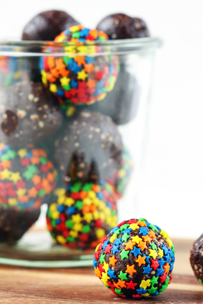 Celebrate special occasions with these super festive, naturally sweetened, Healthy Brownie Balls (or skip the sprinkles and enjoy them year round).