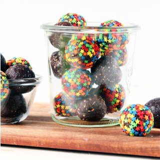 Healthy Brownie Balls