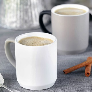 5 Minute Pumpkin Spice Cashew Coffee that's creamy, real food friendly, and subtly spiced. Homemade salted pumpkin spice syrup gives it depth, flavor and warmth, while a medjool dates adds just the right amount of sweetness.