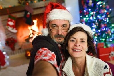festive holiday parent selfie