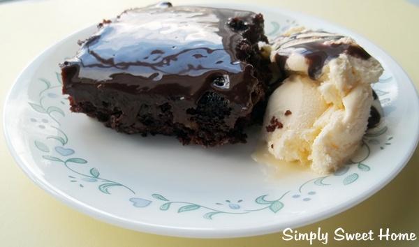 One Pan Fudge Cake