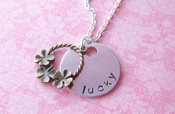 Clover Bouquet Necklace