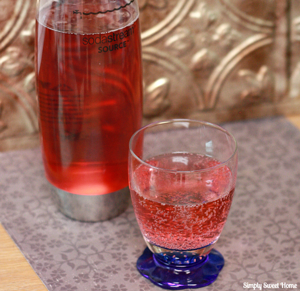 Sparkling Berry Water