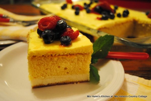 Italian Lemon Cream Cake
