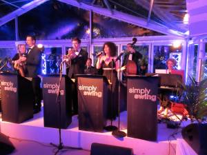 new years eve wedding reception band