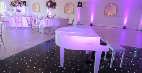 Grand Piano Shell at wedding