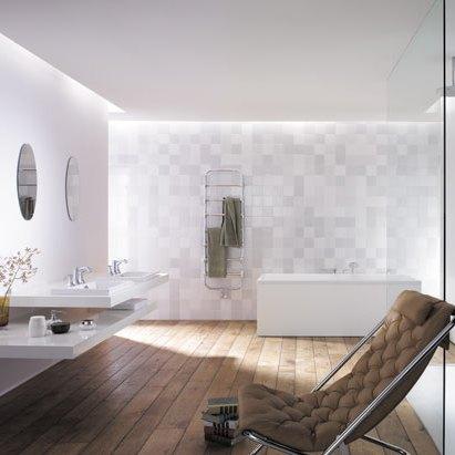 ceramic and natural stone bathroom