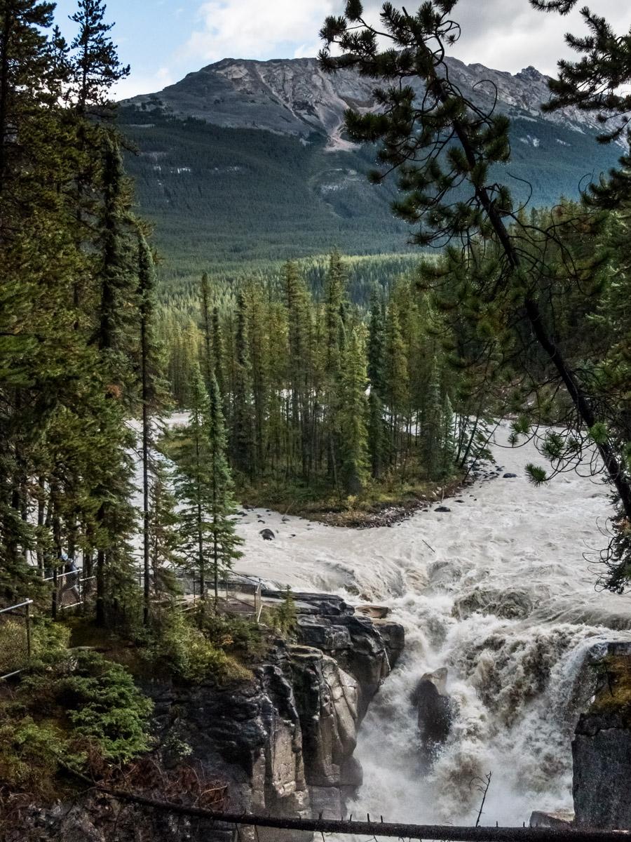 Sunwapta falls, Icefield Parkway, Canada