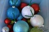 ChristmasDoorGarland8