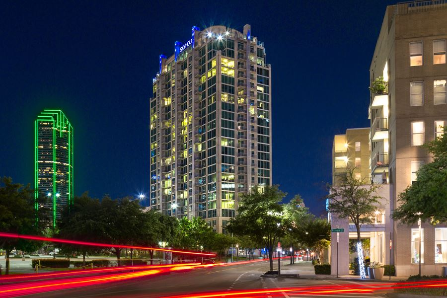 Gallery Victory Park Apartments Dallas Texas SkyHouse
