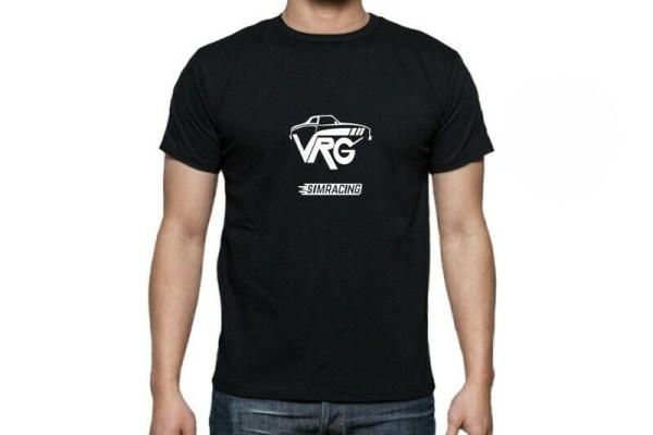 camiseta de coches negra y blanca