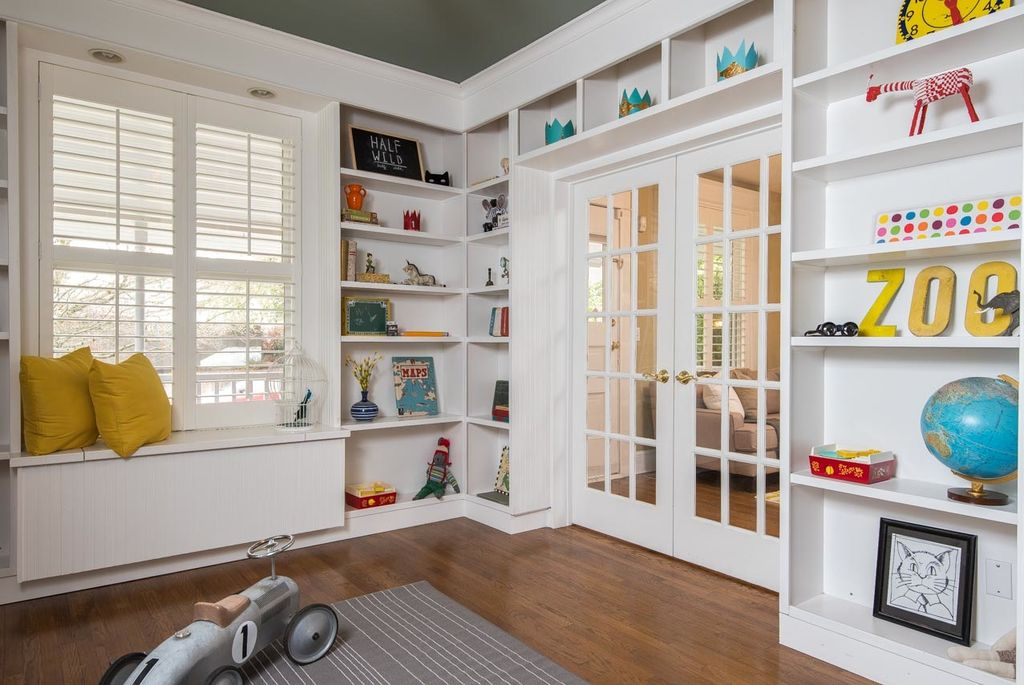 9 Custom Home Features That Parents Love Sina